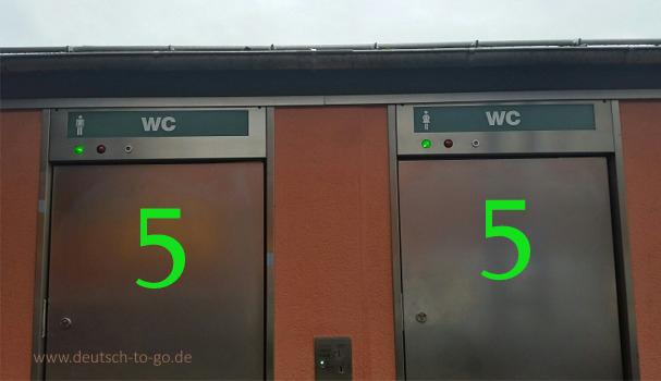 Hoertext_Eine_Toilette_mit_allem_Pipapo_Deutsch_to_go_IP_IPTC